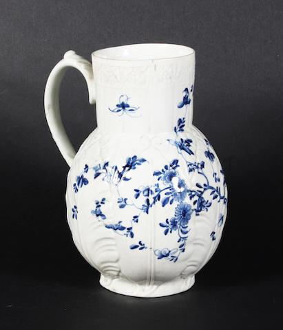 A Worcester blue and white leaf moulded vessel