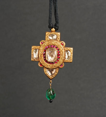 A diamond-set enamelled gold pendant in the form of a cross, Mughal or Deccan, 17th Century