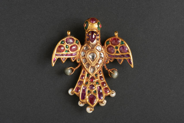 A Gem-set gold pendant in the form of a bird, Mughal or Deccan, 18th century