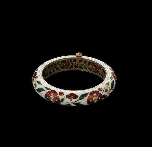 A Mughal style diamond-set enamelled gold Bangle Northern India