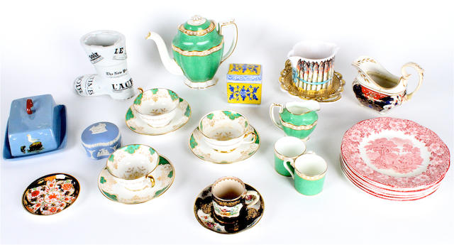 A quantity of mixed ceramics to include various part tea and coffee sets, and dinner wares