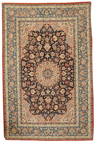 An Isfahan rug, Central Persia, circa 1940, 7 ft 9 in x 5 ft (236 x 154 cm) very good condition