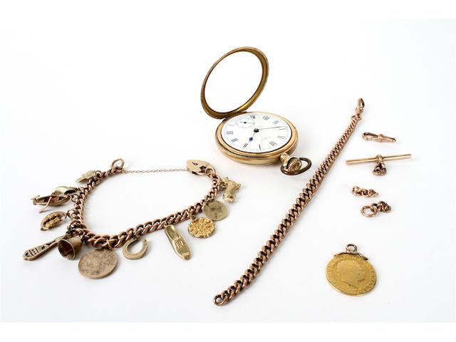 A 9 carat gold curb link bracelet
