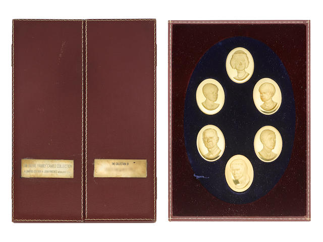 The Royal Family Cameo Collection, a set of 6 oval cameos in 22 carat gold by John Pinches Medallists Ltd, 1972. Each cameo weighs around 78g, and depicts the Queen, Prince Philip, Prince Charles, Princess Anne, Prince Andrew and Prince Edward. Housed in a leather red box with oval blue velvet plaque. Together with booklet about the medallions and the engraver, and another booklet as an introduction to the Royal Family,