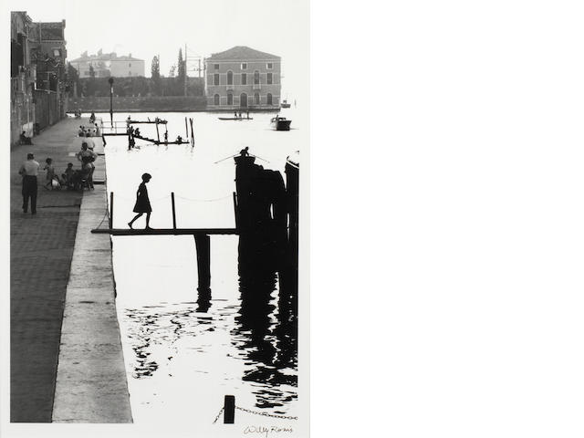 Willy Ronis (French, born 1910) Fondamenta Nuove, Venise, 1959 Paper 40 x 30cm (15 3/4 x 11 13/16in), image 34.2 x 23.6cm (13 7/16 x 9 5/16in)