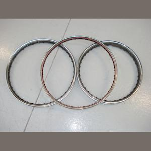 Three wheel rims with painted strips,