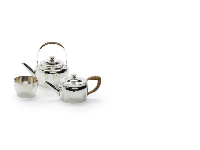 DRESSER: electroplated tea set