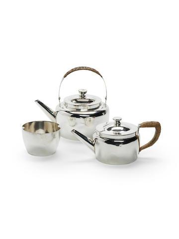 DRESSER: electroplated tea set