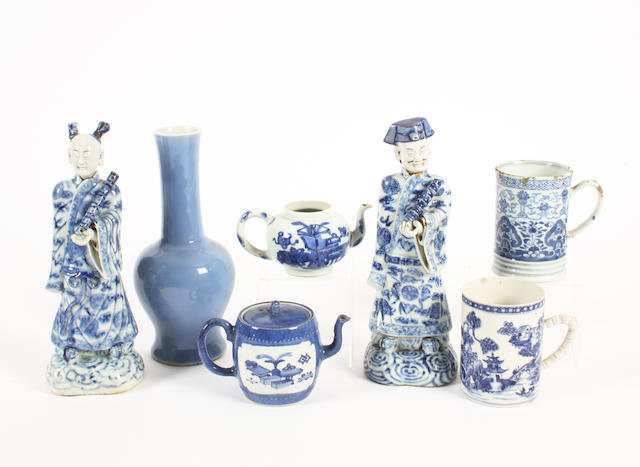 A group of Chinese export blue and white wares, 18th-19th century