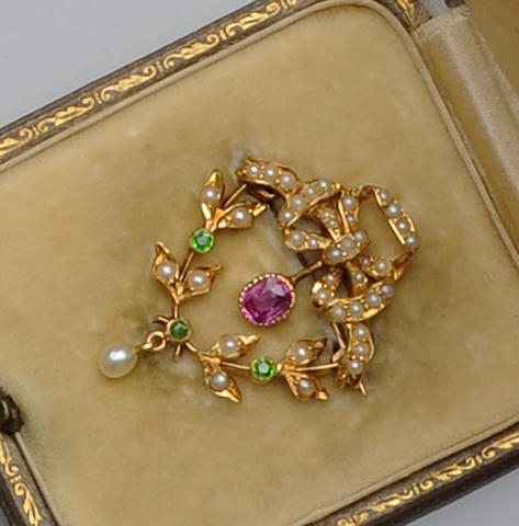 A late Victorian gold mounted pearl and diamond set necklace and a seed pearl and gem set brooch (2)