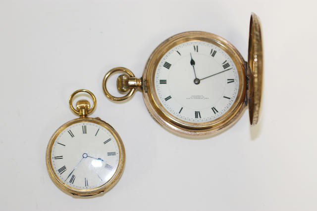 Thomas Russell & Son: A 9ct gold keyless wind hunter pocket watch(2)
