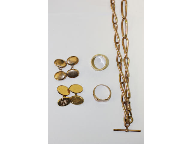A small collection of precious metal jewellery,