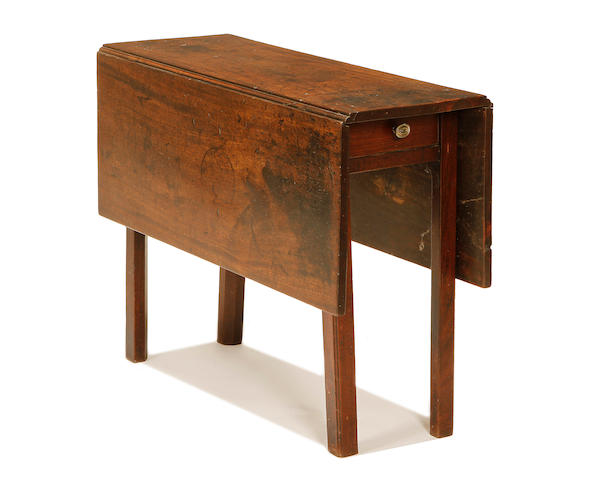 A George III mahogany gateleg table
