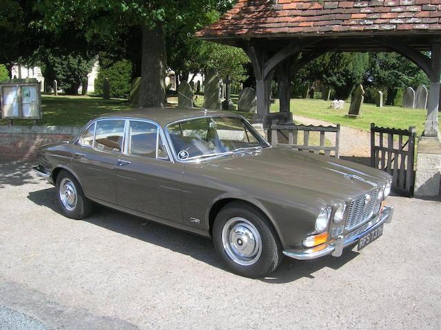 1969 Jaguar XJ6 Deluxe