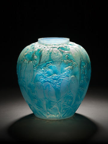 René Lalique  'Perruches' a Vase (opalescent and stained), design 1919