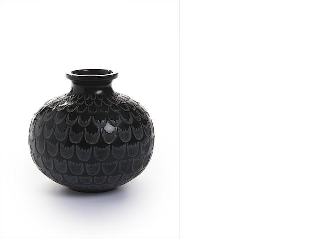René Lalique 'Grenade' a Vase, design 1930