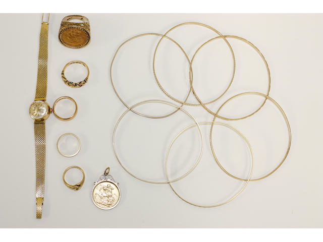 A collection of gold jewellery,