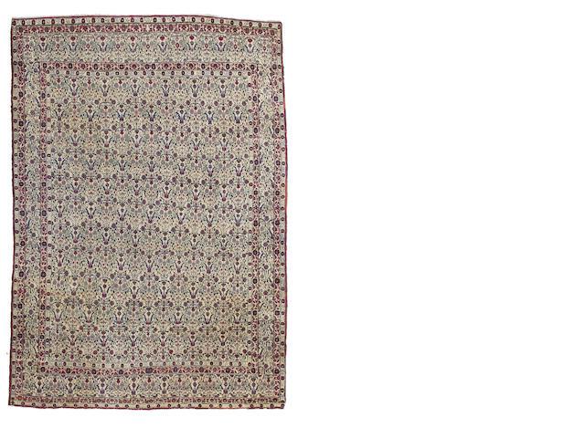 A Feraghan rug Iran 305cm x 217cm .