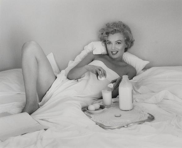 Andre de Dienes (Romanian/American, 1913-1985) Marilyn Monroe, Bel Air Hotel, 1952 27.4 x 33cm (10 13/16 x 13in).