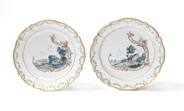 A pair of Nymphenberg charges c1760