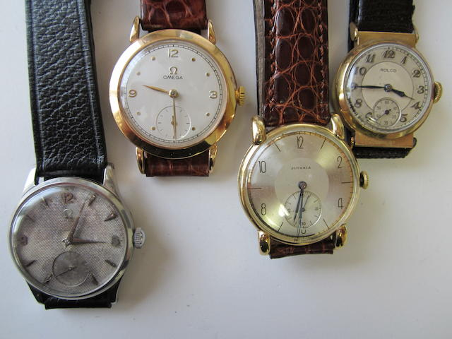 A lot of four wristwatches