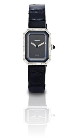 Chanel. An 18ct white gold and diamond set lady's quartz wristwatch Ref:CN 28640, No.8531338 Circa 1987