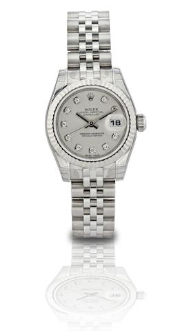 Rolex. A fine stainless steel and diamond set centre seconds calendar lady's automatic bracelet watchOyster Perpetual Datejust, Ref:179174, Case No.Z613761, Sold in September 2007