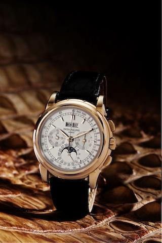 Patek Philippe. A very fine 18ct rose gold perpetual calendar chronograph manual wind wristwatch with moon phaseRef:5970R, Case No.4296873, Movement No.3047775, Sold 1st July 2005