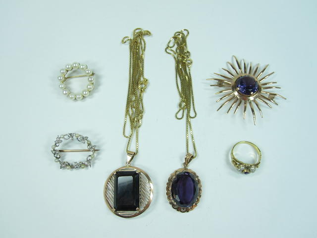 A collection of jewellery, 2 pendants, 3 brooches and 1 ring