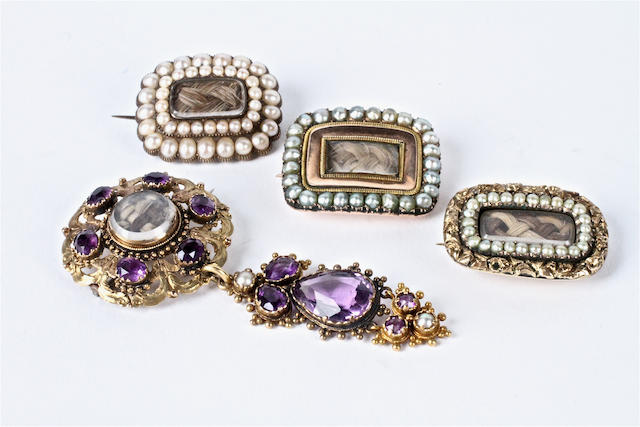 A composite gold and amethyst pendant brooch (4)