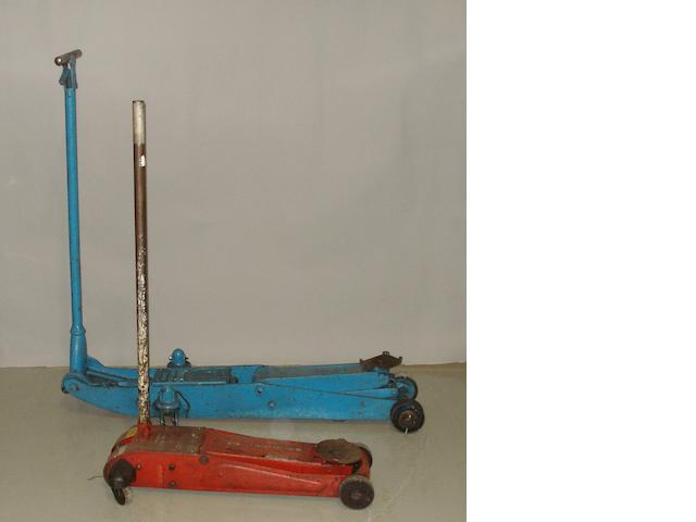 Two tonne trolley jack by Epco Jack