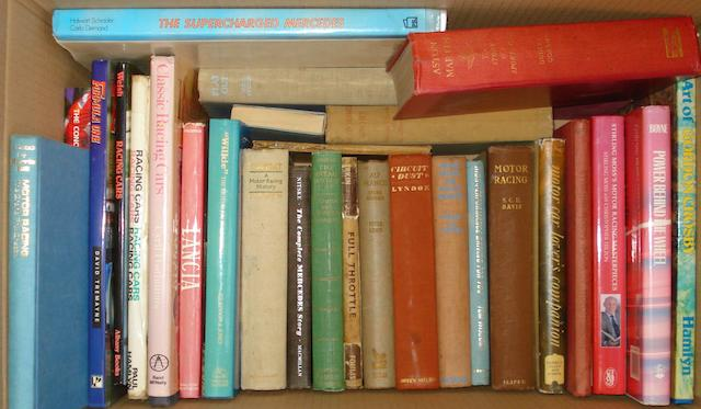 A quantity of assorted motoring books and magazines,
