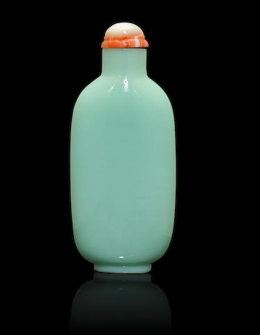 A pale duck-egg green glass snuff bottle Mid Qing dynasty