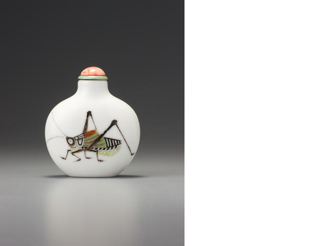 A 'famille-rose' enamelled porcelain 'cricket' snuff bottle Imperial kilns, Jingdezhen, Daoguang iron-red four-character seal mark and of the period, 1821-1850