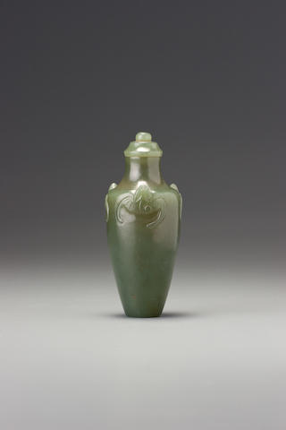 A green nephrite 'bats' snuff bottle Probably Imperial, attributable to the palace workshops, Beijing, 1736-1799