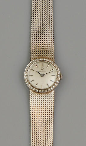 Omega: An 18ct white gold and diamond lady's wristwatch