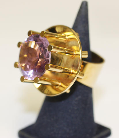 An abstract amethyst dress ring