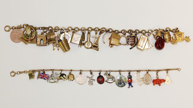 A fancy link charm bracelet (2)