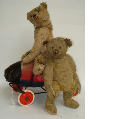 Pair of Steiff Teddy bears and Ladybird on wheels  3