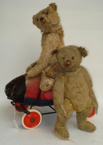 Pair of Steiff Teddy bears and Ladybird on wheels  3