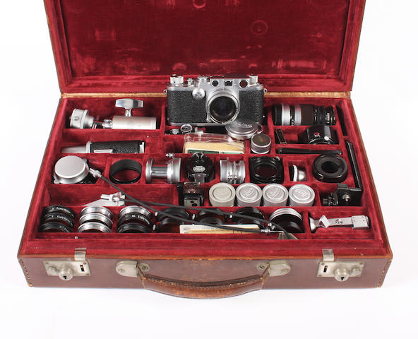 Leica IIIF cased outfit