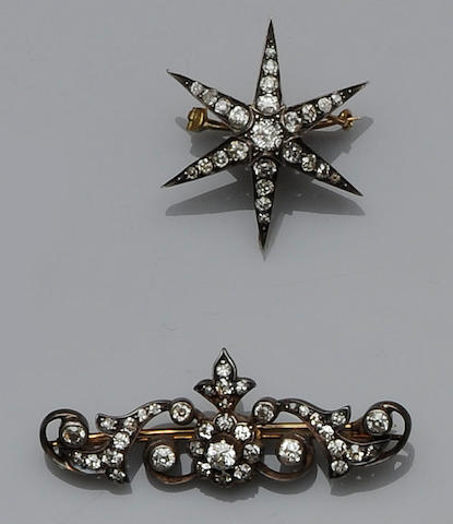 Two late Victorian diamond brooches (2)