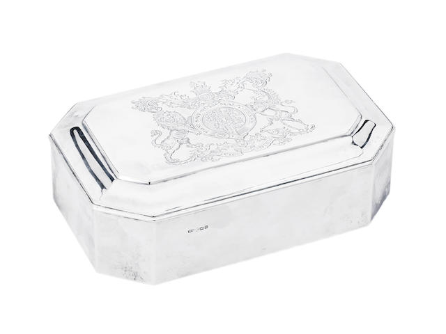 A George III silver box, by William Stroud, London 1802,