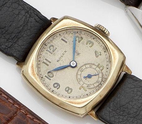 Rolex. A 9ct gold manual wind wristwatch Glasgow Hallmark for 1937