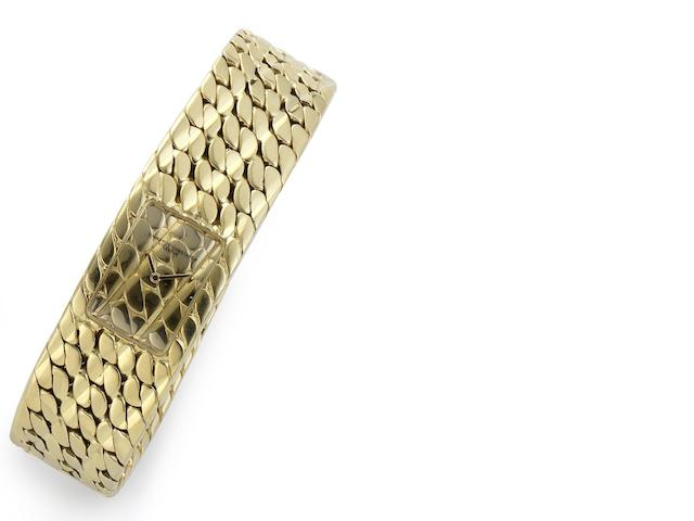 Vacheron Constantin. An 18ct gold quartz bracelet watch  Diagonal, Case No.572033, Movement No.743289, Circa 1982