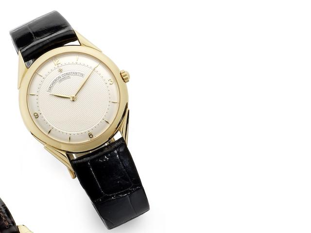 Vacheron Constantin. An 18ct gold manual wind wristwatch Heritage, Movement No.779511, Case No.627865, Circa 1990