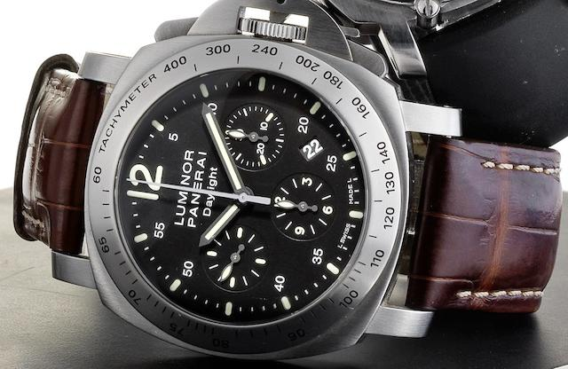 Officine Panerai. A stainless steel automatic chronograph calendar wristwatchLuminor Chrono Daylight, PAM236, Case No.KO192/2800, Sold 28th March 2009
