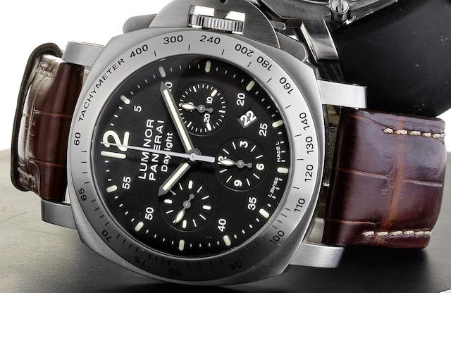 Officine Panerai. A stainless steel automatic chronograph calendar wristwatch Luminor Chrono Daylight, PAM236, Case No.KO192/2800, Sold 28th March 2009