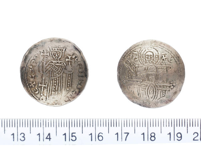 Henry I AD 1218-1253. Electrum Bezant (3.82g), type 3a, dies M/I.IC-XC, Christ enthroned, right hand raised in benediction.