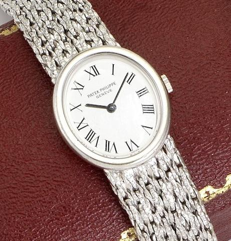 Patek Philippe. An 18ct white gold manual wind bracelet watch Ref: 4182, Case No.2718854, Movement No.1261355, Circa 1970